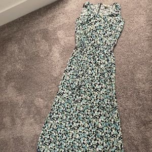 Green Vince Camuto floral dress maxi